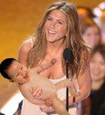 Дженнифер Энистон собирается стать приемной матерью