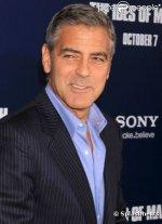 """Джордж Клуни и Эван Рэйчел Вуд на премьере """"Мартовских ид"""" в Нью-Йорке"""